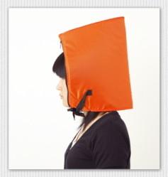 水に浮く防災セット頭巾に活用
